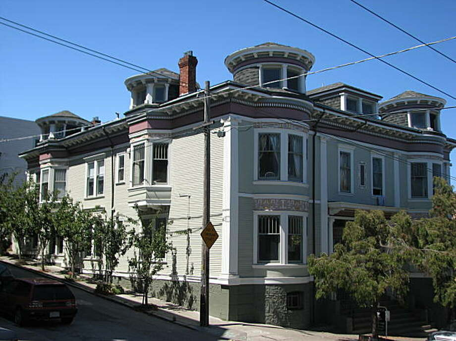 425-431 Buchanan's just another bit of nice Victoriana -- except for the procession of round towers on the top. Photo: John King, The Chronicle
