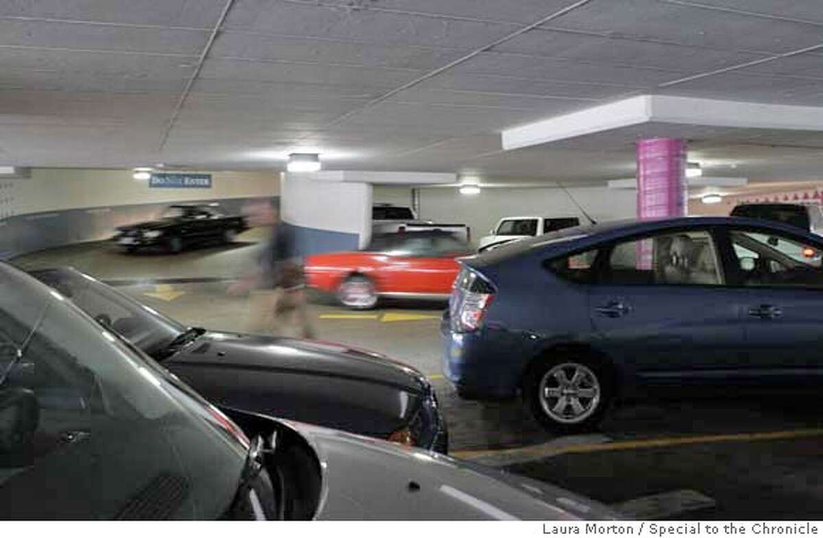 ###Live Caption:Cars circle inside the Fifth and Mission Parking Garage looking for spots on Friday afternoon. Parking in the downtown area is expected to get much harder when the new San Francisco Center expansion opens this fall. Laura Morton/The Chronicle###Caption History:sfparking11320_lkm.jpg Cars circle inside the Fifth and Mission Parking Garage looking for spots on Friday afternoon. Parking in the downtown area is expected to get much harder when the new San Francisco Center expansion opens this fall. Laura Morton/The Chronicle###Notes:###Special Instructions:MANDATORY CREDIT FOR PHOTOGRAPHER AND SAN FRANCISCO CHRONICLE/NO SALES-MAGS OUT