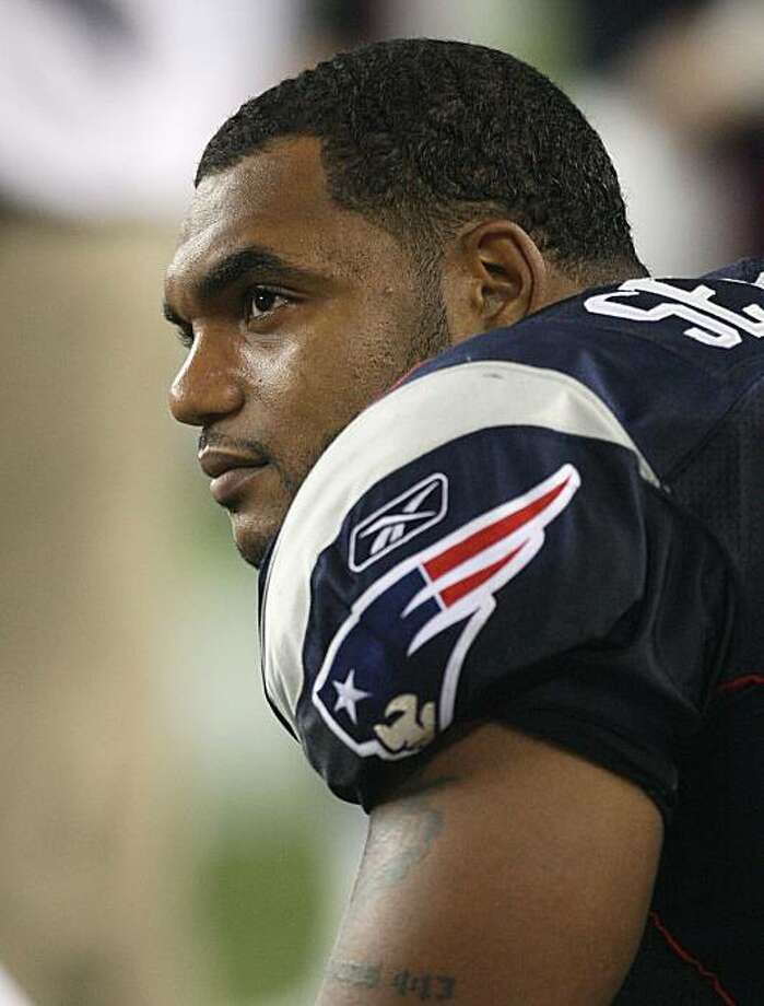 FOXBORO, MA - AUGUST 20:  Richard Seymour #93 of the New England Patriots watches the action from the sideline during a game against the Cincinnati Bengals at Gillette Stadium on August 20, 2009 in Foxboro, Massachusetts. (Photo by Jim Rogash/Getty Images) Photo: Jim Rogash, Getty Images