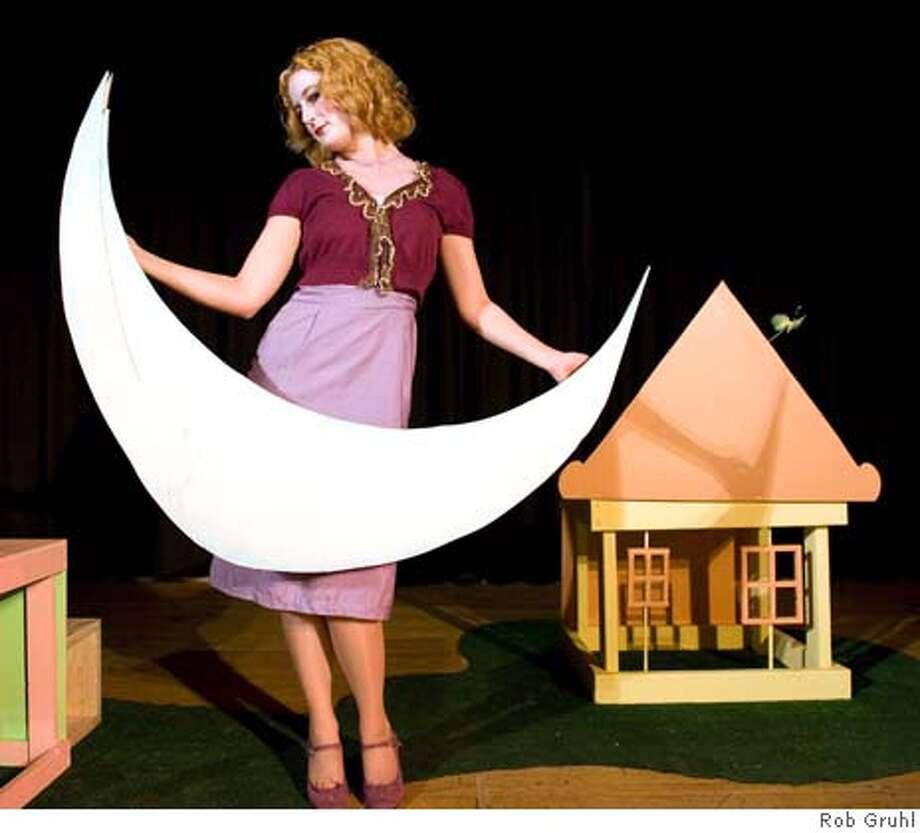"""Alissa Mortenson in Nebunele Theatre Company's """"Medea Knows Best"""" in the Exit Theatre's DIVAfest. Photo: Rob Gruhl"""