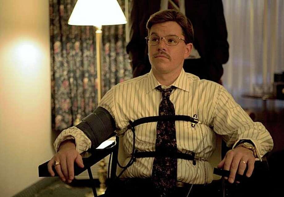 "Matt Damon as Mark Whitacre in ""The Informant!"" TID-00621r MATT DAMON stars as Mark Whitacre in Warner Bros. PicturesÕ offbeat comedy ÒThe Informant!.Ó Photo: Claudette Barius, Warner Bros."