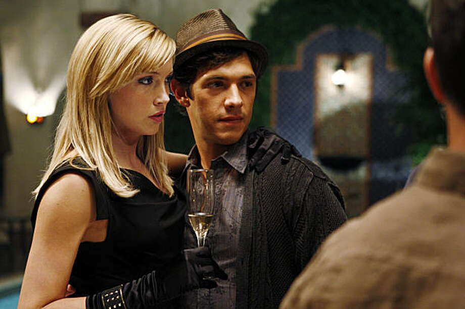 "MELROSE PLACE ""Pilot"" Pictured: Katie Cassidy as Ella and Michael Rady as Jonah. Photo Caption: Michael Desmond/The CW © 2009 The CW Network, LLC.  All rights reserved. Photo: Michael Desmond"