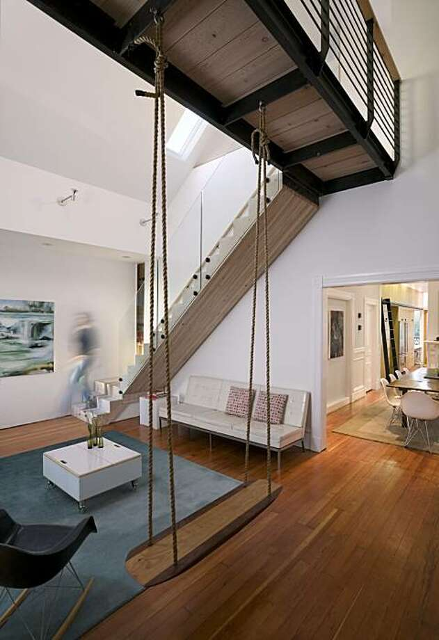 Clayton Street residence by Mork-Ulnes Design Photo: Bruce Damonte