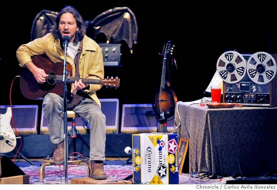 Pearl Jam vocalist, Eddie Vedder, gave a rare solo concert at Zellerbach Hall at the University of California Berkeley campus on Monday, April 7, 2008 in Berkeley, Calif.  Photo by Carlos Avila Gonzalez / San Francisco Chronicle Photo: Carlos Avila Gonzalez