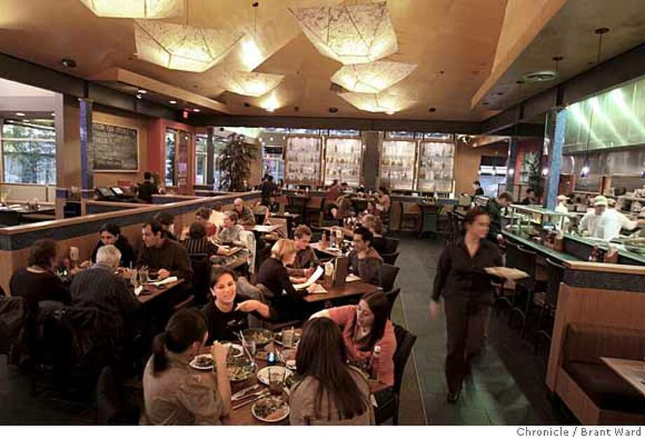 ###Live Caption:Pacific Catch features a large dining room next to the kitchen. A bar is located on the Lincoln St. side. Pacific Catch is located at 1200 Ninth Ave. in San Francisco. Photo by Brant Ward / San Francisco Chronicle###Caption History:Pacific Catch features a large dining room next to the kitchen. A bar is located on the Lincoln St. side. Pacific Catch is located at 1200 Ninth Ave. in San Francisco. Photo by Brant Ward / San Francisco Chronicle  Ran on: 03-26-2008  A kid-friendly vibe makes Pacific Catch in the Sunset a popular neighborhood spot.###Notes:###Special Instructions: Photo: Brant Ward