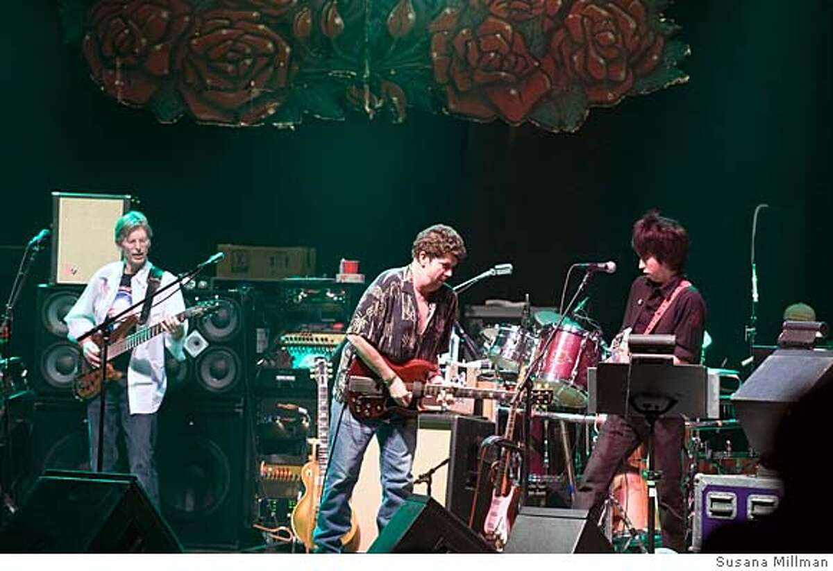 """###Live Caption:Phil Lesh and Friends performed Feb. 4, 2008, at the Warfield in San Francisco. Left to right: Phil Lesh, Mark Karan and Jackie Greene. """"Deadheads for Obama"""" show phil lesh,mark karan and jackie greene at the deadheads for obama show, warfield theatre, SF, 2/4/08###Caption History:Phil Lesh and Friends performed Feb. 4, 2008, at the Warfield in San Francisco. Left to right: Phil Lesh, Mark Karan and Jackie Greene. """"Deadheads for Obama"""" show phil lesh,mark karan and jackie greene at the deadheads for obama show, warfield theatre, SF, 2/4/08###Notes:###Special Instructions:"""