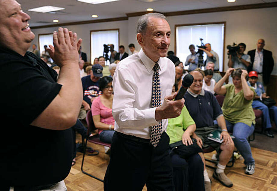 KITTANNING, PA - AUGUST 13: Senator Arlen Specter (D-PA) speaks at at a town hall meeting on August 13, 2009 in Kittanning, Pennsylvania. Specter held the town hall meeting to speak with local residents about health care reform. (Photo by Jeff Swensen/Getty Images) Photo: Jeff Swensen, Getty Images
