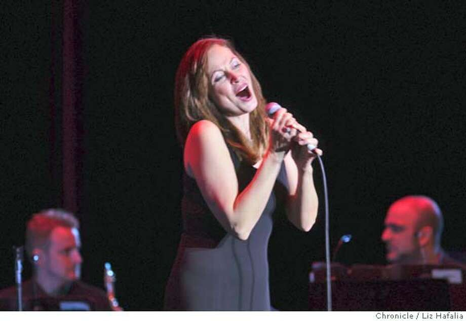 Broadway singer Linda Eder performing at the Palace of Fine Arts in San Francisco, Calif., on Friday, March 28, 2008. Photo by Liz Hafalia / San Francisco Chronicle Photo: Liz Hafalia