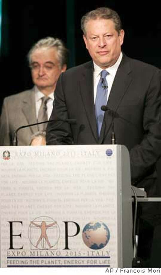 ###Live Caption:Former U.S. Vice President and Chairman of The Alliance for Climate Protection, Al Gore delivers his speech to support Milan's winning bid to host the 2015 World Fair during a ceremony of the International Bureau of Expositions in Paris, Monday, March 31, 2008. Milan, Italy and Izmir, Turkey, were the only two cities bidding to host the 2015 World Fair, as Zaragoza, Spain, is hosting the event in 2008, and Shanghai, China, will be hosting it in 2010. (AP Photo/Francois Mori)###Caption History:Former U.S. Vice President and Chairman of The Alliance for Climate Protection, Al Gore delivers his speech to support Milan's winning bid to host the 2015 World Fair during a ceremony of the International Bureau of Expositions in Paris, Monday, March 31, 2008. Milan, Italy and Izmir, Turkey, were the only two cities bidding to host the 2015 World Fair, as Zaragoza, Spain, is hosting the event in 2008, and Shanghai, China, will be hosting it in 2010. (AP Photo/Francois Mori)###Notes:Al Gore###Special Instructions: Photo: FRANCOIS MORI
