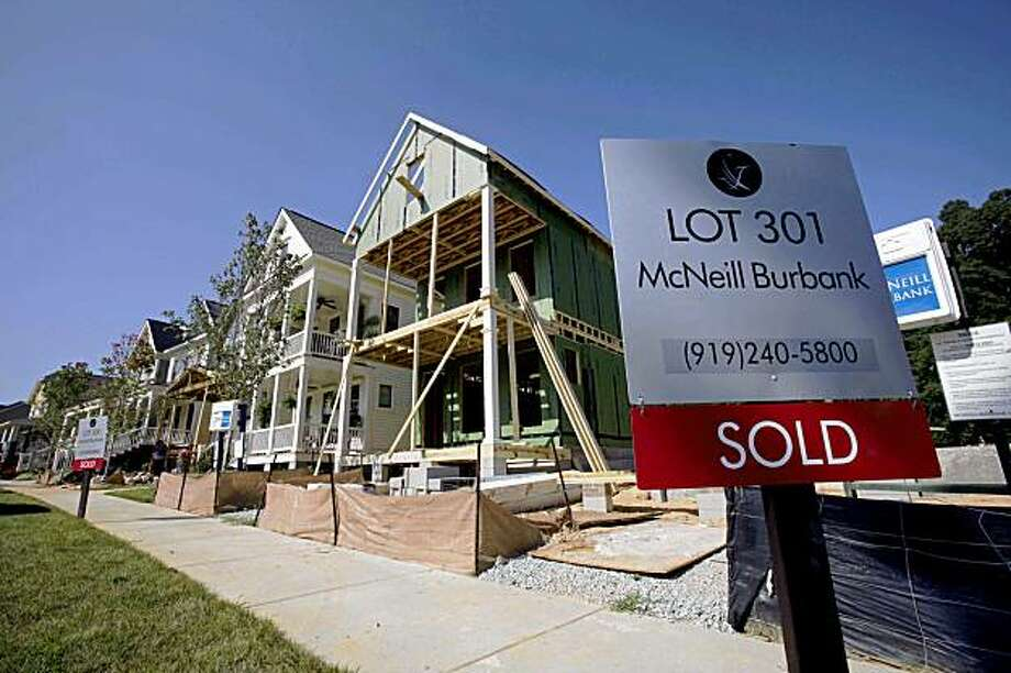 New housing construction is seen in the Briar Chapel community near Chapel Hill, N.C., Monday, Aug. 17, 2009. The National Association of Home Builders says its housing market index rose in August to the highest point in more than a year.(AP Photo/Gerry Broome) Photo: Gerry Broome, AP