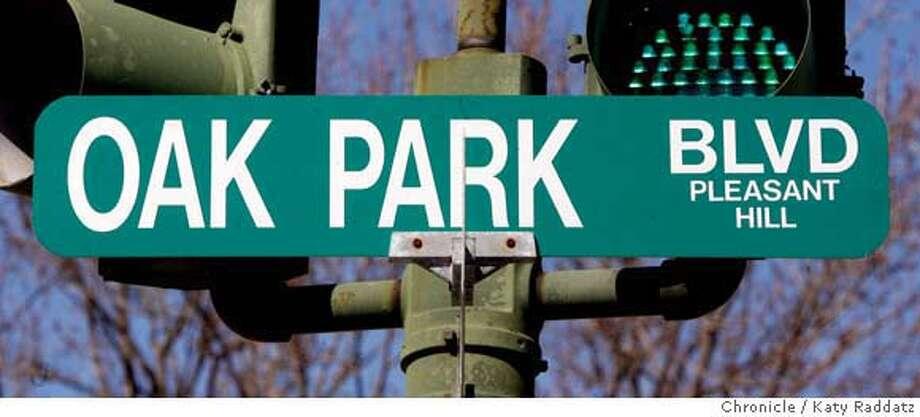 Oak Park Bl., Oak Park Center, the 1900 block of Oak Park Bl. in Pleasant Hill,, Calif. on Thursday March 20, 2008.  Photo by Katy Raddatz / San Francisco Chronicle Photo: KATY RADDATZ