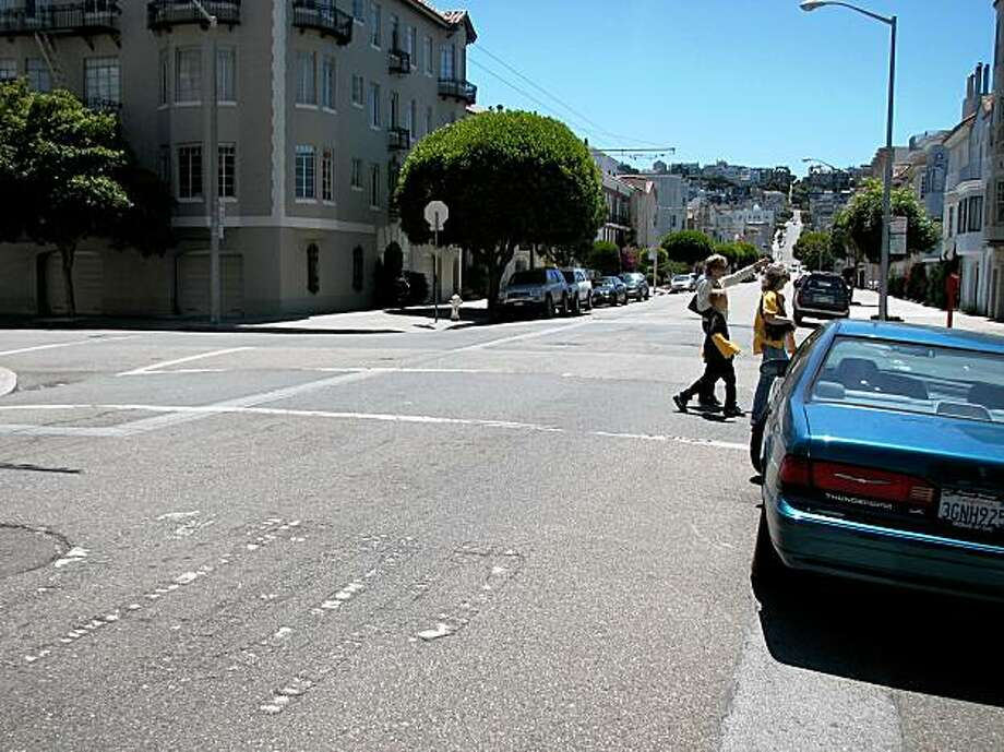 North Point Street at Broderick. streets  in s.f. Photo: Jonathan Curiel, The Chronicle