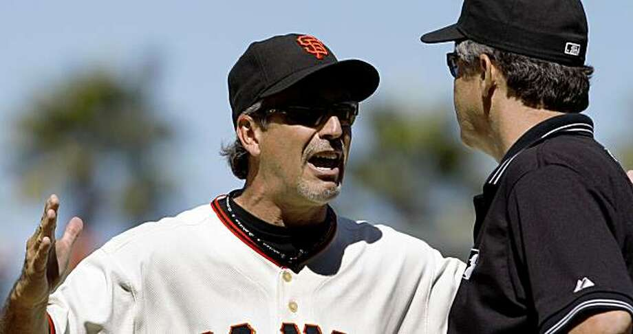 San Francisco Giants Ron Wotus manager was ejected from the game by first base umpire Gary Darling after a close play in the ninth inning. Photo: Frederic Larson, The Chronicle