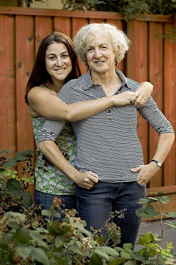 Shiela Himmel, 59 and her daughter Lisa Himmel, 24 pose for a photograph at their home August 5, 2009 in Palo Alto, California. Photo: David Paul Morris, Special To The Chronicle