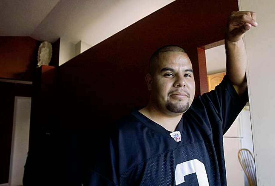 Cesar Ramirez Lopez at his home in San Pablo, Calif.,  on Thursday, July 16, 2009. Photo: Liz Hafalia, The Chronicle