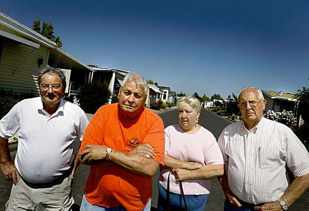Homes At The Country Mobile Home Park Near Santa Rosa Roger McConnell Left To Right Phil Dion Mickie And Dick Root All