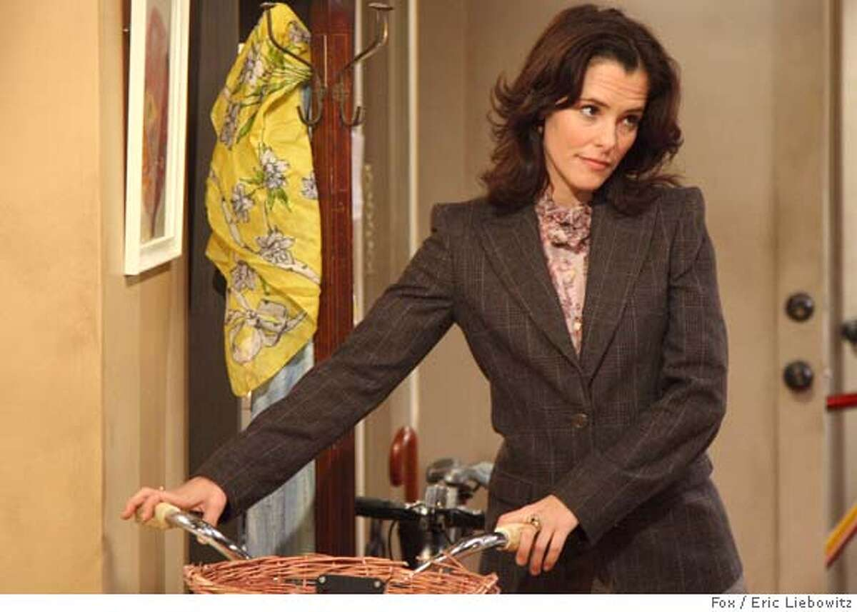 """THE RETURN OF JEZEBEL JAMES: Parker Posey as Sarah in THE RETURN OF JEZEBEL JAMES episode """"The Return of the Crazy Jackal Shilelagh Lady"""" airing Friday, March 28 (8:30-9:00 PM ET/PT) ON FOX. Cr: Eric Liebowitz/FOX Ran on: 03-12-2008 Sarah (Parker Posey) is a successful childrens book editor who cant have children in The Return of Jezebel James."""