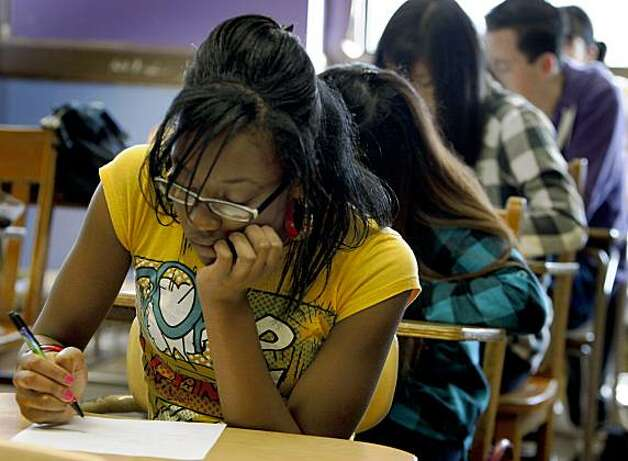 Uche Emelife takes a geometry quiz in Dave Binkowski's advanced Integrated Math 5 class at Balboa High School in San Francisco, Calif., on Friday, Dec. 5, 2008. Photo: Paul Chinn, The Chronicle