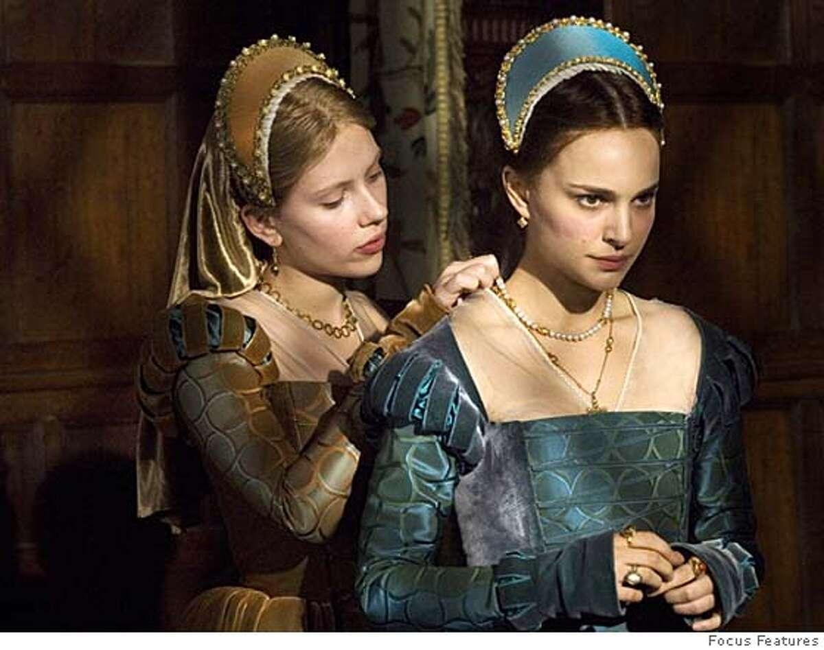 """Scarlett Johannson, left, and Natalie Portman in """"The Other Boleyn Girl"""" Focus Features 2008"""