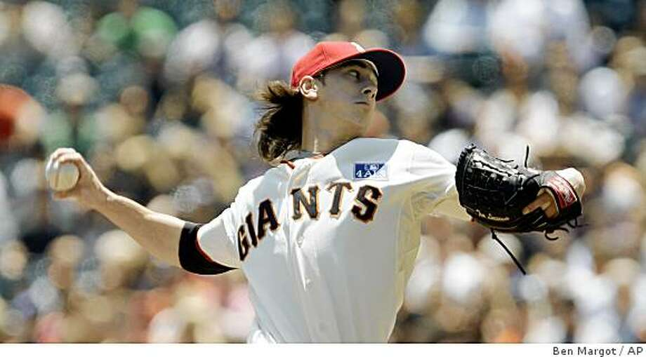 San Francisco Giants' Tim Lincecum works against the Houston Astros during the first inning of a baseball game Saturday, July 4, 2009, in San Francisco. (AP Photo/Ben Margot) Photo: Ben Margot, AP