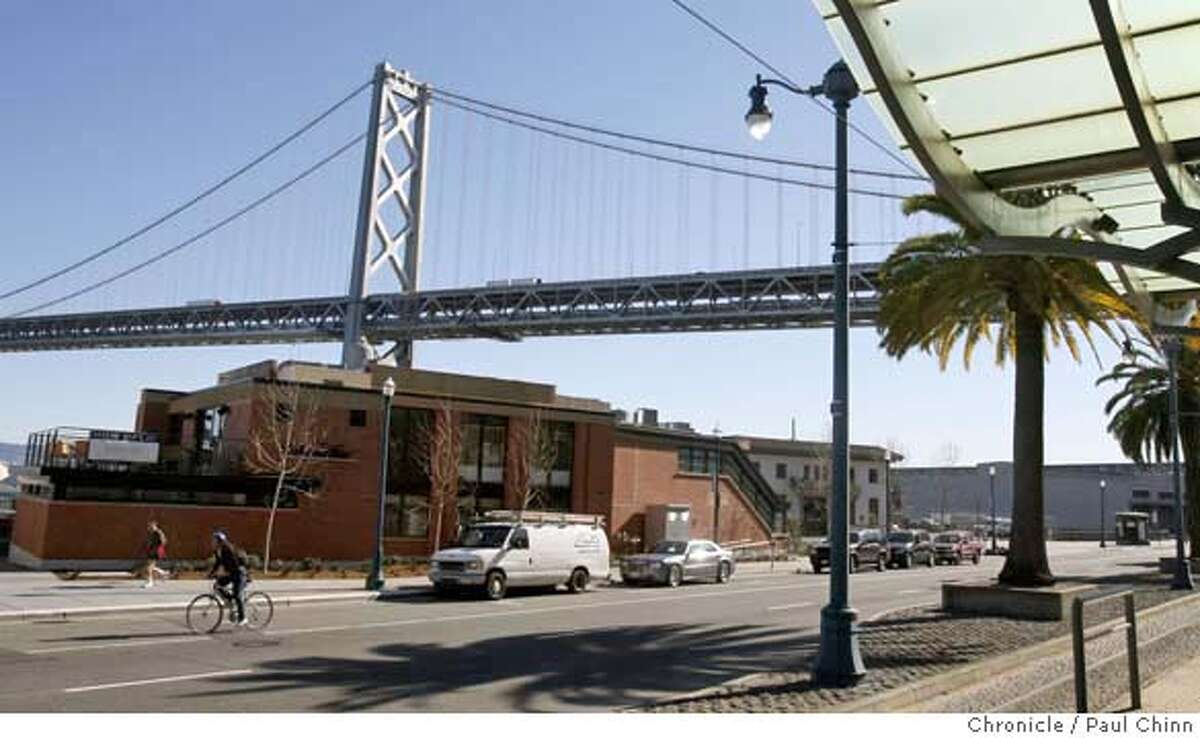 The Waterbar restaurant is seen from the Muni Metro platform on the Embarcadero in San Francisco, Calif. on Thursday, Feb. 14, 2008. PAUL CHINN/San Francisco Chronicle MANDATORY CREDIT FOR PHOTOGRAPHER AND S.F. CHRONICLE/NO SALES - MAGS OUT
