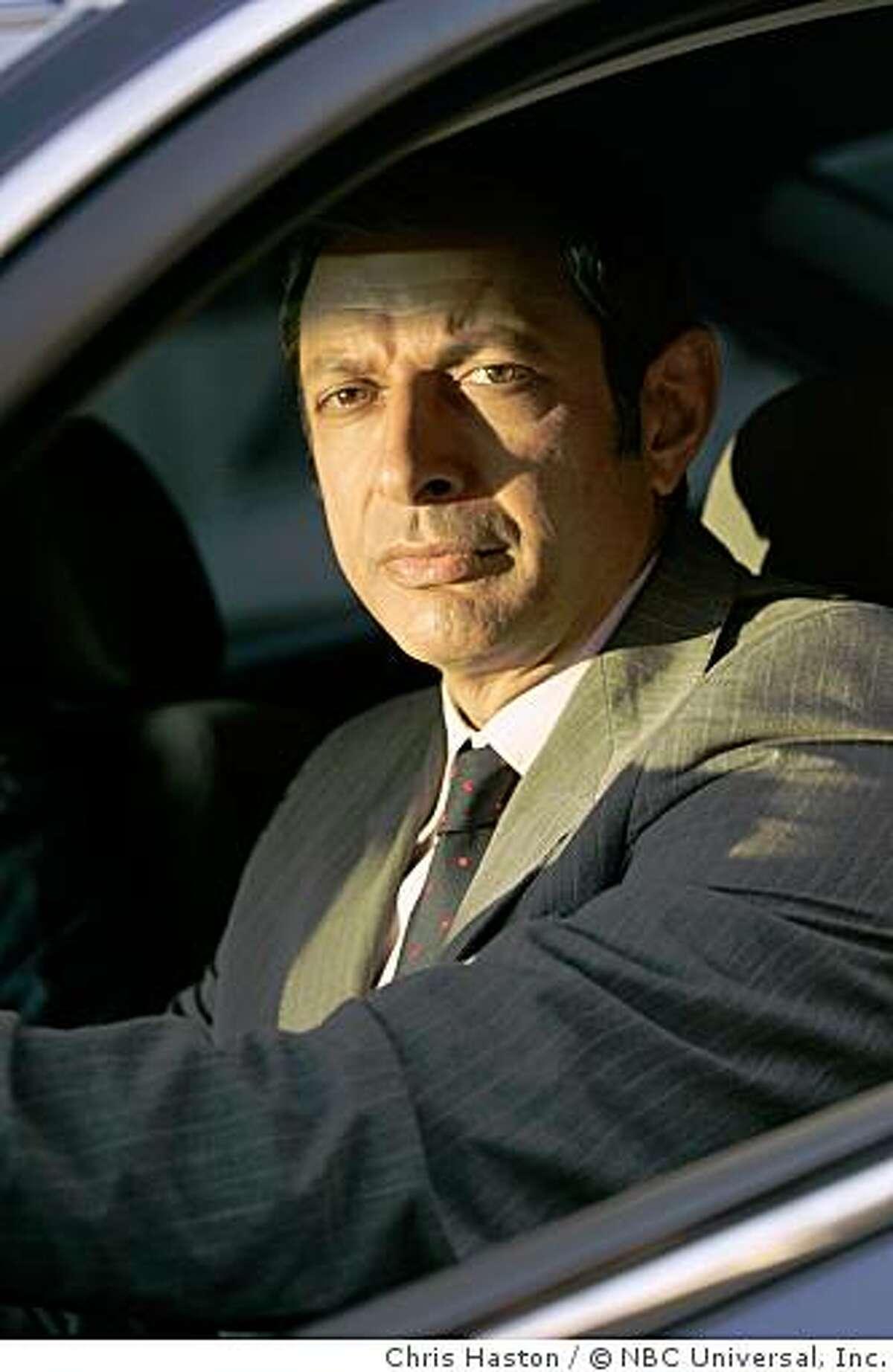 Jeff Goldblum as Detective Michael Raines -- NBC Photo: Chris Haston