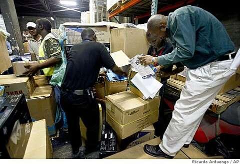 Guns flood Jamaica from U S , officials say - SFGate