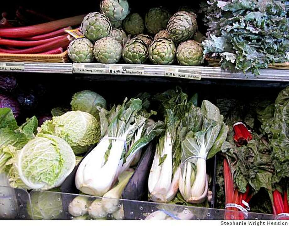 A bounty of organic produce at the Alameda Natural Grocery. Photo: Stephanie Wright Hession