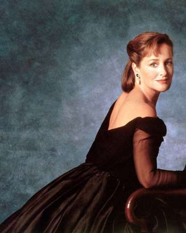Publicity photo of mezzo-soprano Frederica von Stade for use as backup art for Kosman story.  HO  Ran on: 10-25-2006  Mezzo- soprano Frederica von Stade will sing today at the Oakland City Center Plaza Stage. Photo: Ho