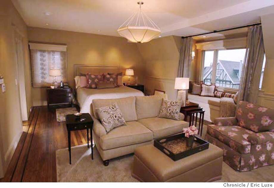 mastersuite_cruver_519_el.jpg Cheryl Cruver and Nigel Burns master suite designed by Cheryl DuCote, Interior Architect & Designer. Eric Luse / The Chronicle Photo taken on 1/25/08, in San Francisco  Names cq from source  Cheryl DuCote  Cheryl Cruver Nigel Burns Ran on: 02-06-2008  Cheryl Cruver and daughter Emma Burns, 3, enjoy the master suite office, above, which is separate from the bedroom. The couple's spacious walk-in closet, below, is a luxurious option. Photo: Eric Luse