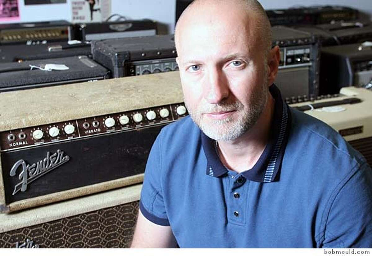 Bob Mould Ran on: 02-05-2006 Christopher Lawrence posts a DJ mix for his local fans.