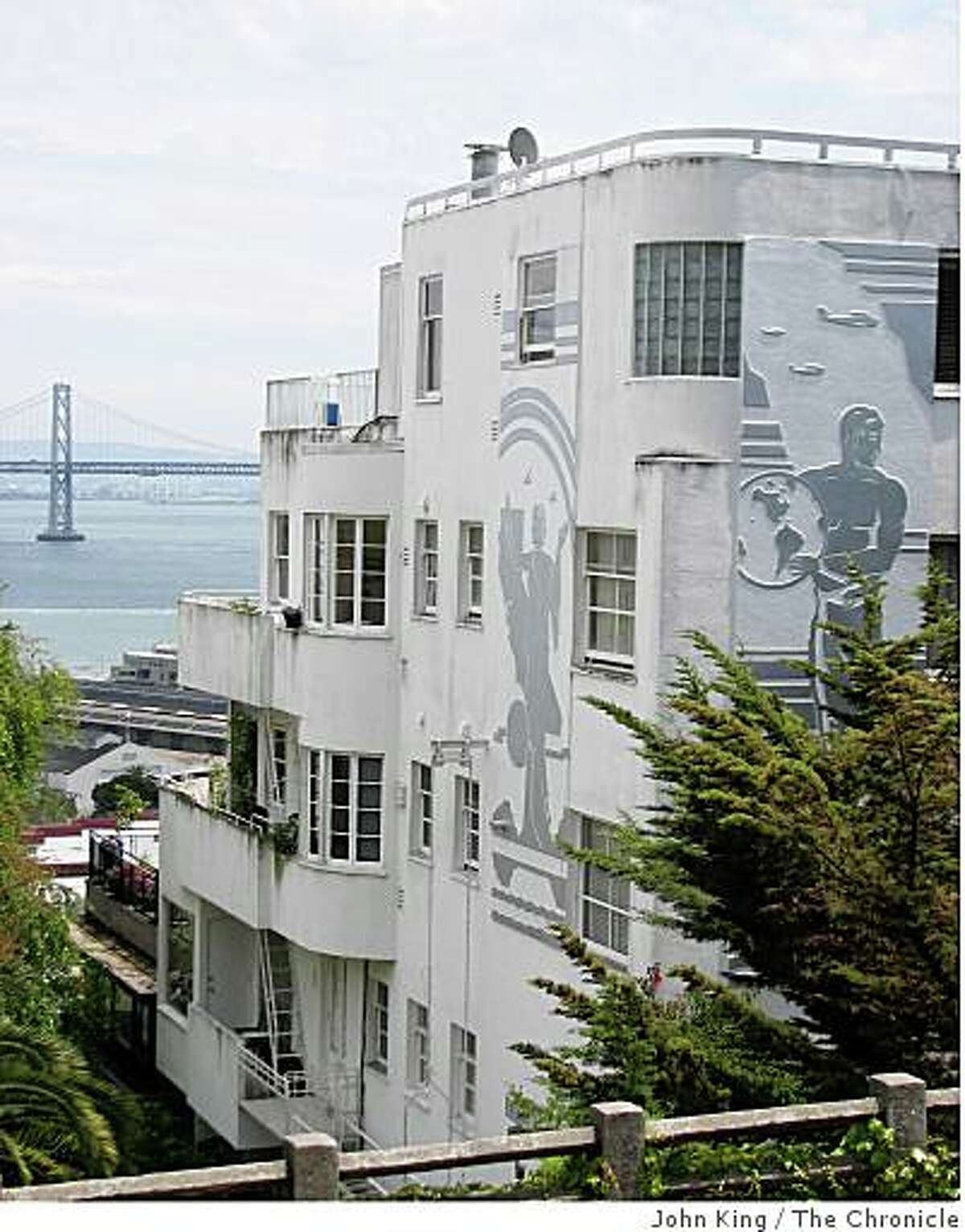 And here's 1360 Montgomery today, perched on the steep slopes of Telegraph Hill. The bas relief-style design is still visible on the exterior and the view is just as good too.