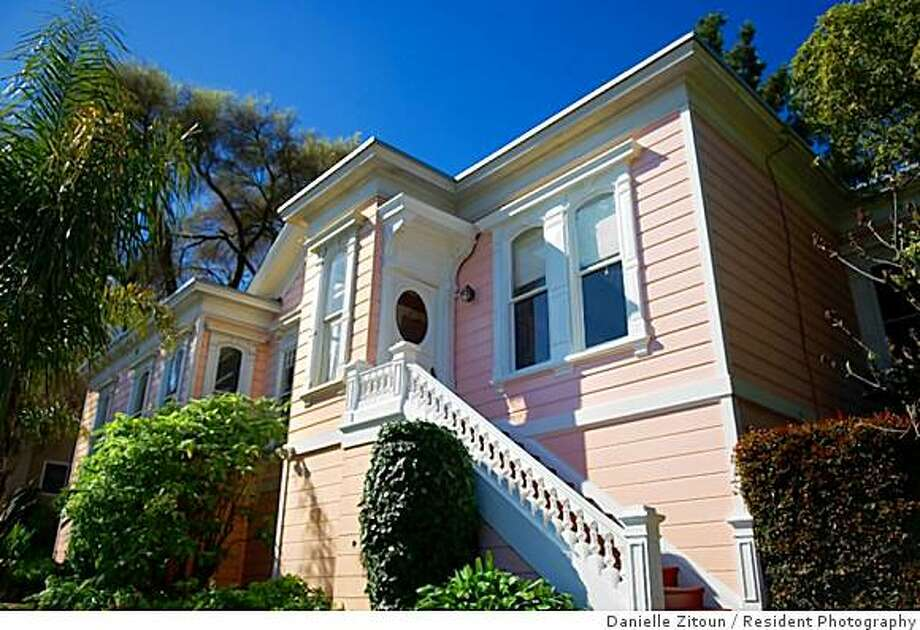 The Miller-Joost home in the hills of Twin Peaks, an eye-catching pink Victorian and registered San Francisco landmark, went on the sales block about a month ago. Photo: Danielle Zitoun, Resident Photography