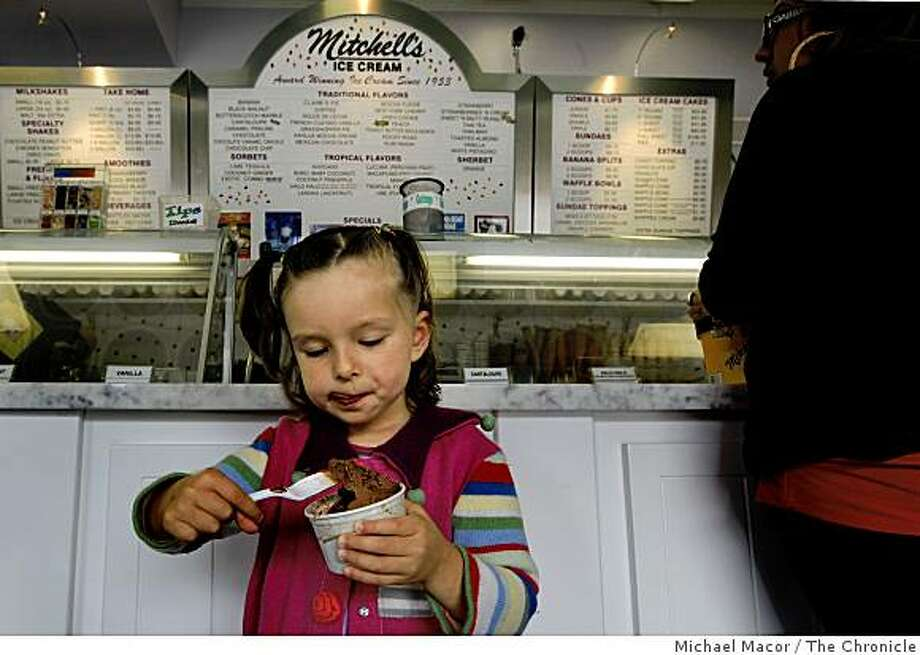 3-year-old Zia DeFrancesco, of San Francisco, enjoys her home made chocolate Mitchell's Ice Cream in San Francisco, Calif., on Thursday June 4, 2009. Photo: Michael Macor, The Chronicle
