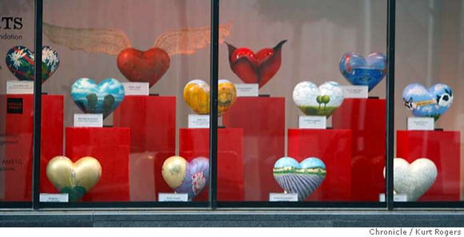 The unveiling of the San Francisco General Hospital Foundations 2008 Hearts in the window of Macy's in Union Square.  Kurt Rogers / The Chronicle MANDATORY CREDIT FOR PHOTOG AND SAN FRANCISCO CHRONICLE/NO SALES-MAGS OUT Photo: Kurt Rogers