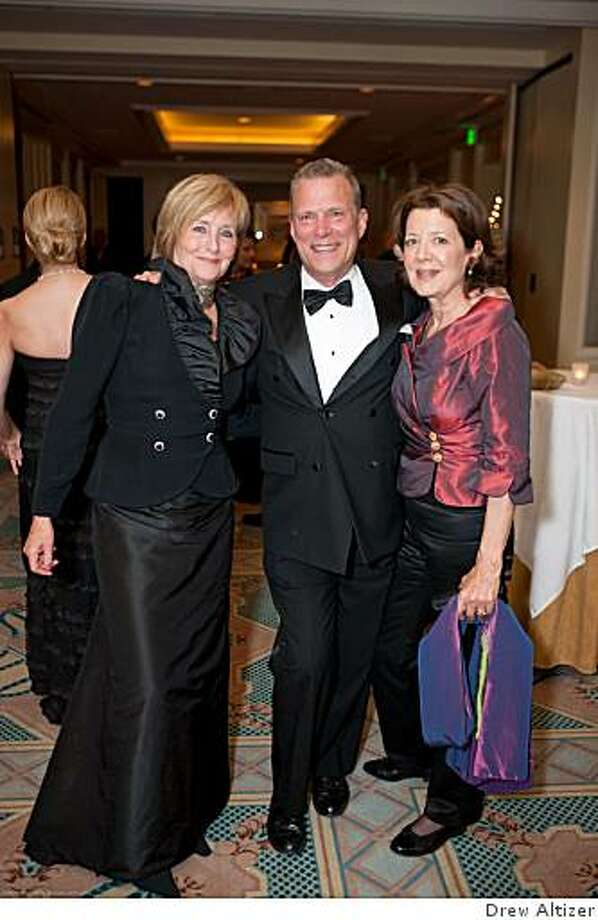 Frederica von Stade, David Gockley, Linda Kemper at at  Springtime in Paris, a black-tie gala at the Four Seasons Hotel honoring the career of internationally renowned mezzo-soprano Frederica von Stade and her dedication to music and arts education for younger generations. Photo: Drew Altizer
