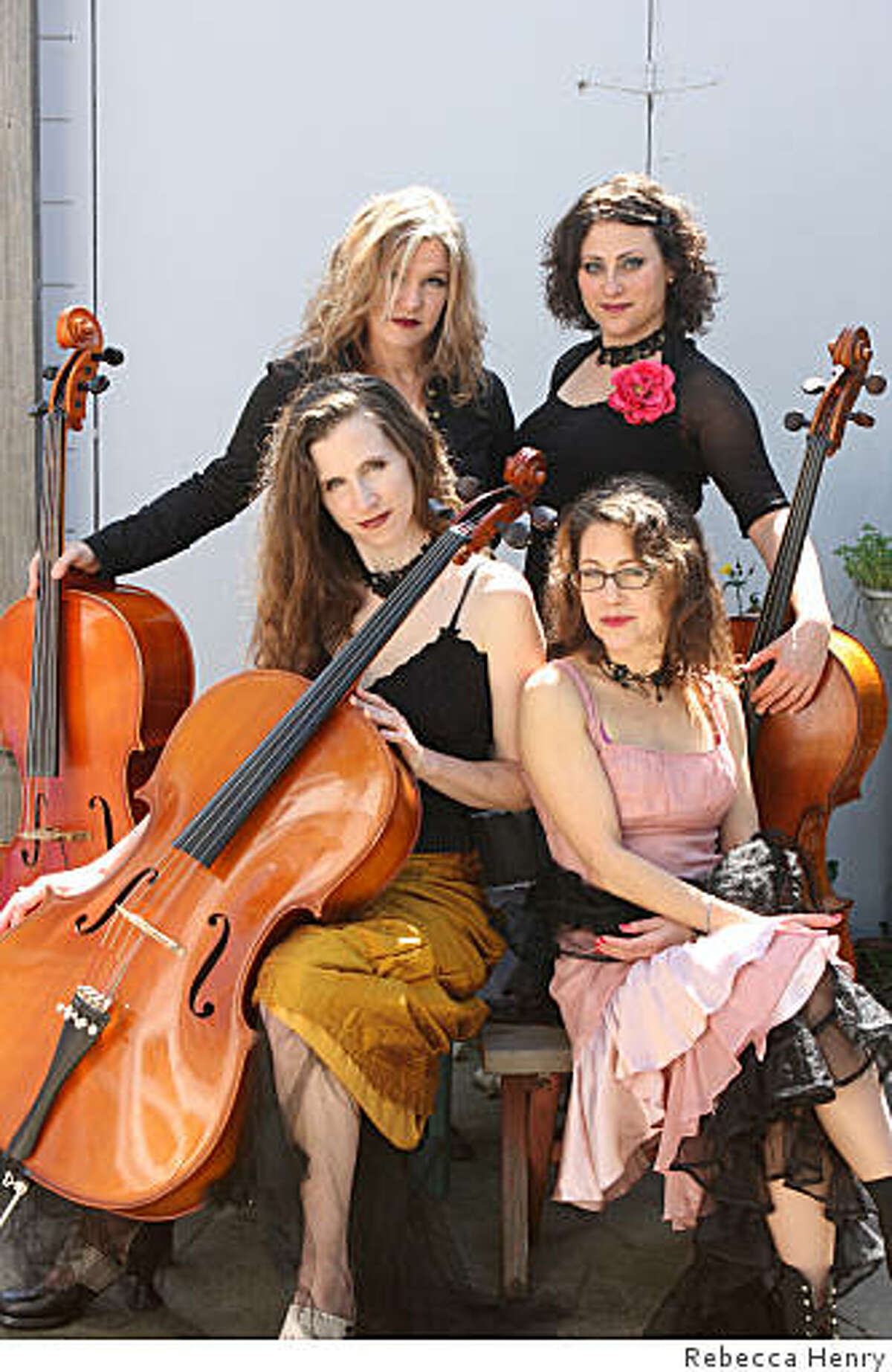 Amy X. Neuburg & The Cello ChiXtet, L to R: Elaine Kreston, Elizabeth Vandervennet, Jess Ivry, Amy X. Neuburg