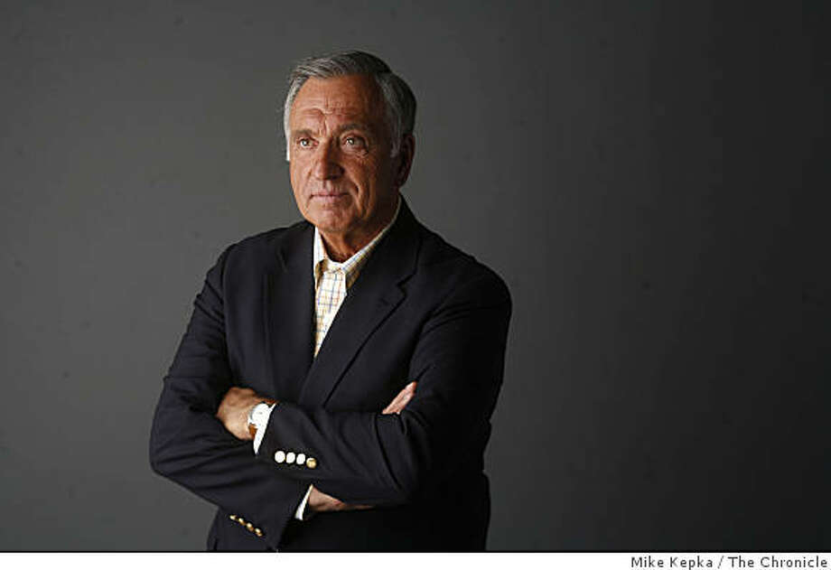 Former San Francisco Mayor Art Agnos Photo: Mike Kepka, The Chronicle