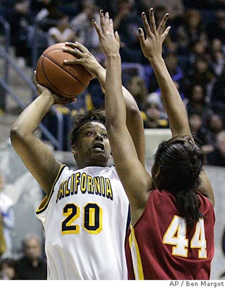 California's Devanei Hampton (20) shoots over Southern California's Nadia Parker (44) during the second half of a college basketball game Saturday, Feb. 2, 2008, in Berkeley, Calif. Cal won the game 60-55 in overtime. (AP Photo/Ben Margot) Photo: Ben Margot