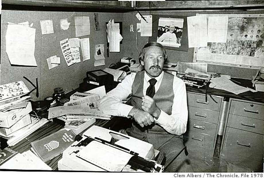 walker04_2.jpg Wayne Walker, Sportscaster - May 16 1978 Photo: Clem Albers, The Chronicle, File 1978