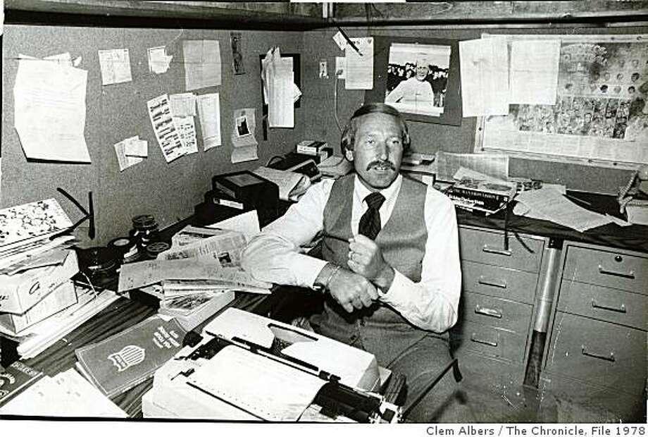 walker04_2.jpg Wayne Walker, Sportscaster - May 16 1978 Photo: Clem Albers, The Chronicle, File 1978
