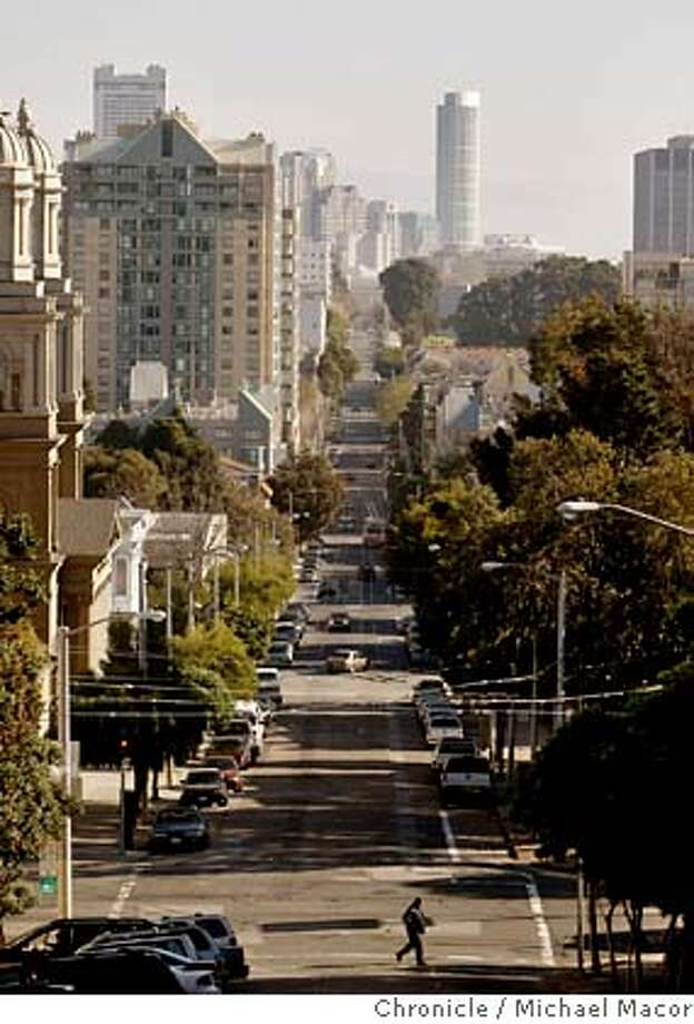 eddystreet_106_mac.jpg Looking down Eddy St. from Divisdero to Laguna Sts., where the proposed change would effect. A proposal to rename six blocks of Eddy St. from Laguna to Divisadero Sts. in the Western Addition, to Marcus Garvey Way. Proponents of the plan say renaming the street would benefit the African American population in the neighborhood, while opponents say a change is wrong and expensive. Michael Macor / The Chronicle Taken on 1/18/08, in San Francisco, CA, USA MANDATORY CREDIT FOR PHOTOG AND SAN FRANCISCO CHRONICLE/NO SALES-MAGS OUT Photo: Michael Macor