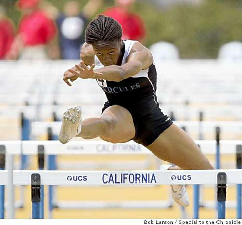 Hercules High school Chalese Davis in the girls 100 meter hurdles at the NCS / Les Schwab Meet of Champions Track and Field Finals at Edwards Stadium in Berkeley, Ca., Saturday, May 30, 2009. (Special to the Chronicle / Bob Larson) Photo: Bob Larson, Special To The Chronicle