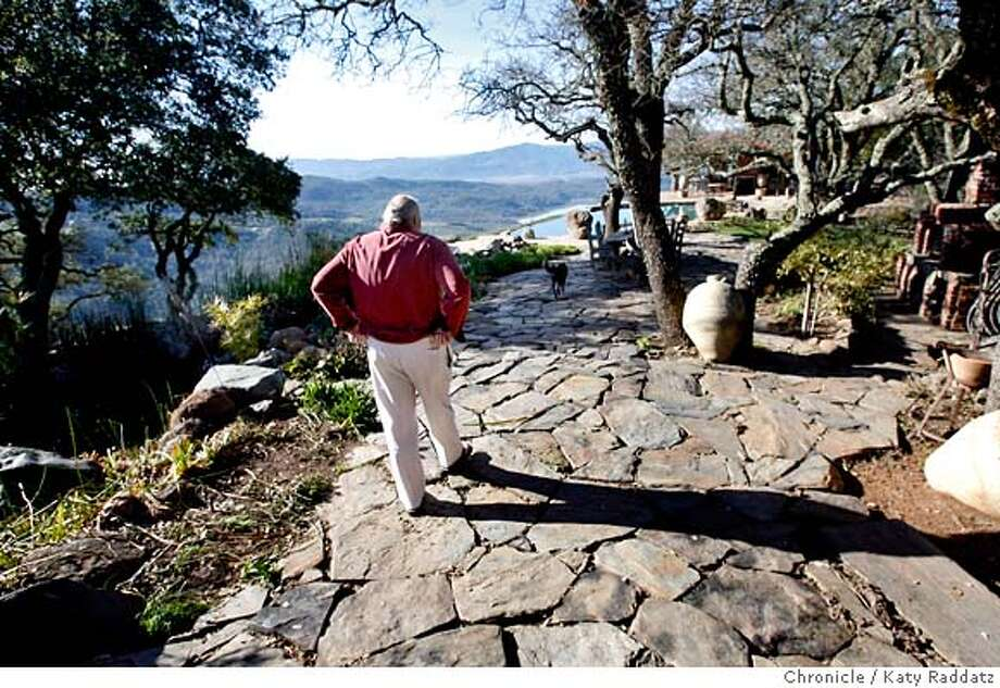 KULETO  Pat Kuleto, restauranteur and winemaker, walks along the back deck towards the pool and guesthouse at his Kuleto Estate Winery. These pictures were made on Monday, Jan. 14, 2008, in St. Helena, CA. KATY RADDATZ/The Chronicle MANDATORY CREDIT FOR PHOTOG AND SAN FRANCISCO CHRONICLE/NO SALES-MAGS OUT Photo: KATY RADDATZ
