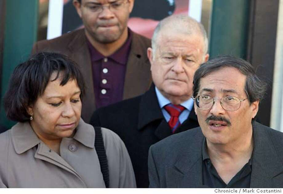 Jennifer and Richard Rodriguez, parents of Christopher Rodriguez, 10, who was shot while taking a piano lesson,  at the Harmony Road Music School on Piedmont Avenue after Don Perata (center) announces a gun buyback program from the Oakland music school where a 10-year-old boy was shot last week while taking a piano lesson. Mark Costantini / The Chronicle Photo taken on 1/19/08, in Oakland, CA, USA MANDATORY CREDIT FOR PHOTOG AND SAN FRANCISCO CHRONICLE/NO SALES-MAGS OUT Photo: Mark Costantini