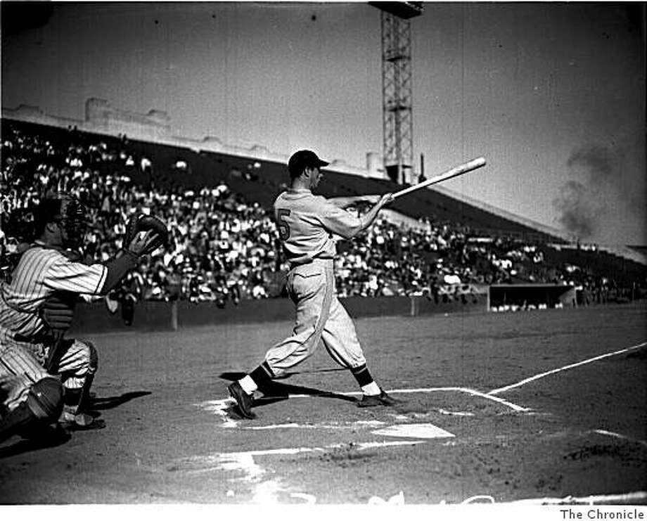Joe DiMaggio, big swing at Seal Stadium, San Francisco, Nov. 1939. Photo: The Chronicle
