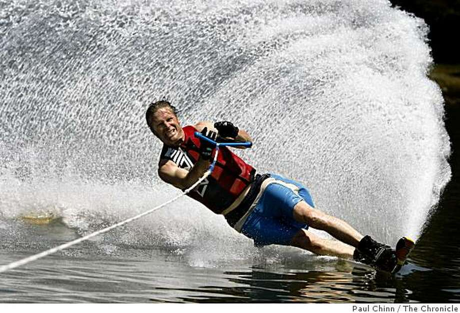 Dave Ritter keeps cool in the current heat wave while members of the Berkeley Water Ski Club make waves at Aquatic Park in Berkeley, Calif., on Saturday, May 16, 2009. Photo: Paul Chinn, The Chronicle