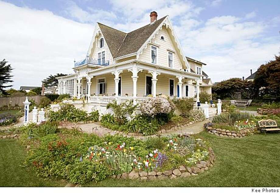 The MacCallum House inn & Restaurant in Mendocino is for sale for $5,995,000. Photo: Kee Photos