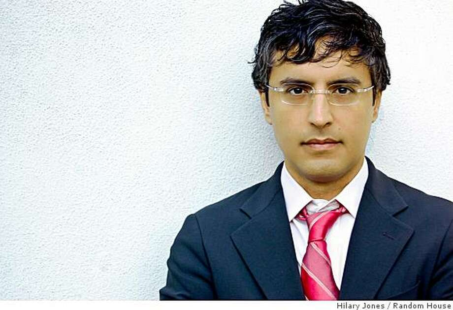 Author photo of Reza Aslan Photo: Hilary Jones, Random House