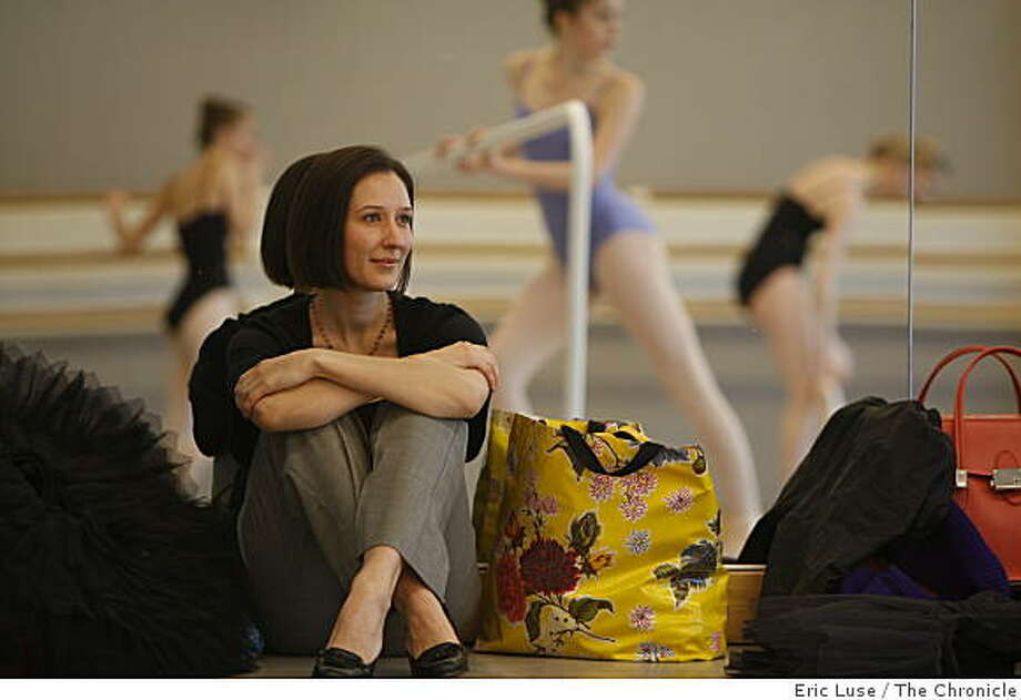 Former dancer Dalene Bramer watches an advanced class at the San Francisco Ballet  photographed  in San Francisco on Friday, April 24, 2009. Photo: Eric Luse, The Chronicle